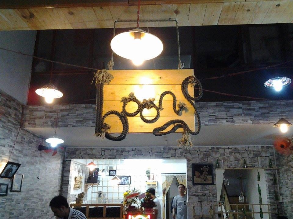 Cà phê Boong, 50 Lê Quốc Hưng, Quận 4