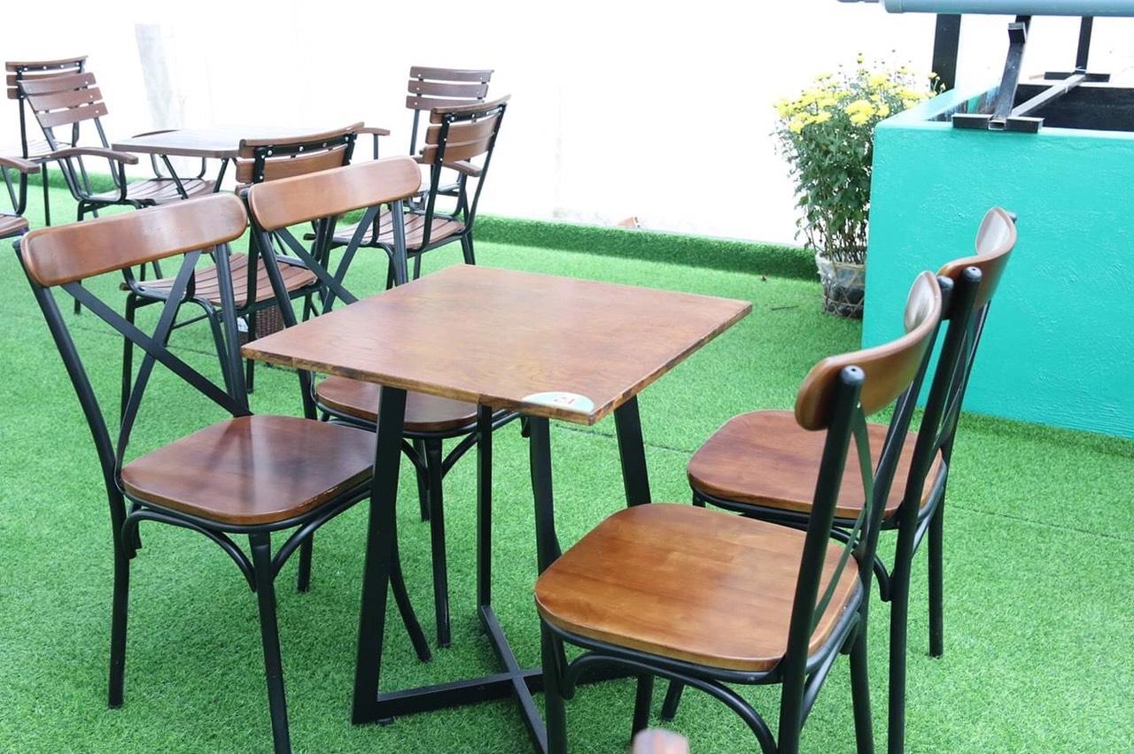 Bộ bàn ghế cafe nhà hàng giá rẻ